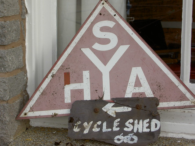 A rather faded SYHA sign