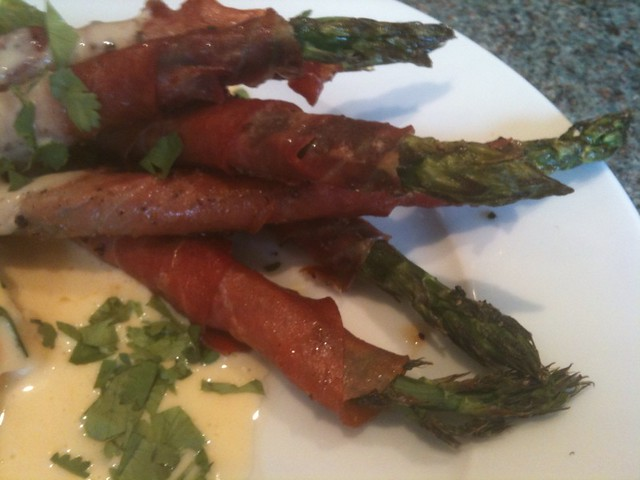 Asparagus tips, ham and hollandaise | Flickr - Photo Sharing!