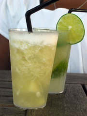 caipiroska, citrus, lemon juice, limeade, fruit, food, lemonade, drink, cocktail, caipirinha, juice, mai tai, alcoholic beverage,