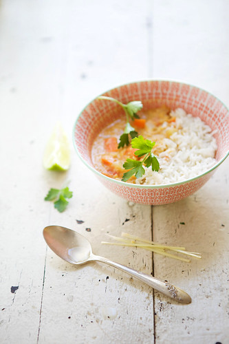 Red lentil stew with lemongrass and lime