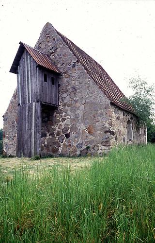 Klein-Apenburg, Kirche