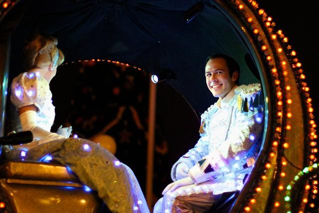 WDW Dec 2009 - SpectroMagic Parade
