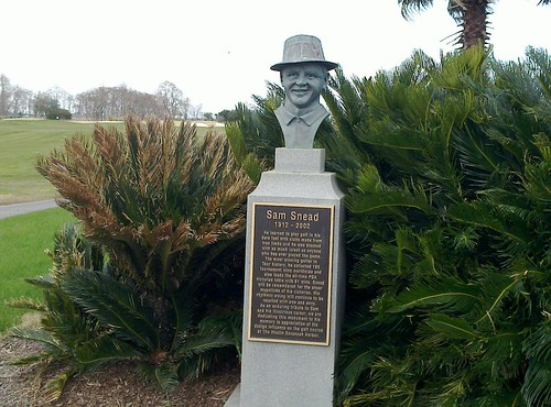 Sam Snead hanging out in Savannah
