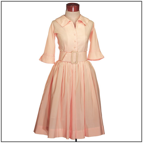 Vintage 1950s Dress. Shirtwaist Swing Dress. 2 belts for 2 different looks (Medium to Large)