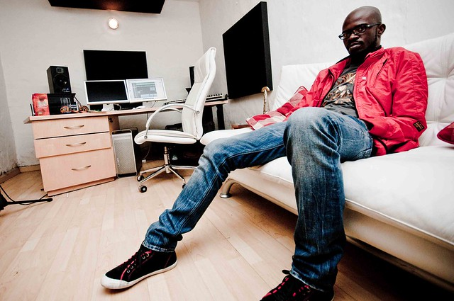 Dj black coffee house dj under the soulistic banner for Black coffee house music