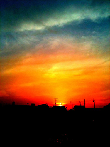 cameraphone sunset sky colors japan evening colorful eveningsky tokushima anan 2010 iphone tiltshift takenwithaniphone daveweekes volcanicashsunset