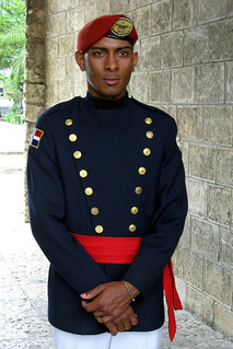 A guard at the Parque Independencia in Santo Domingo