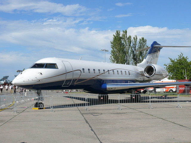 Front: Bombardier Global 5000