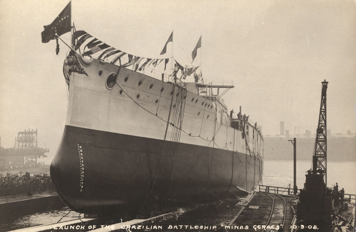 Launch of the Brazilian battleship Minas Geraes