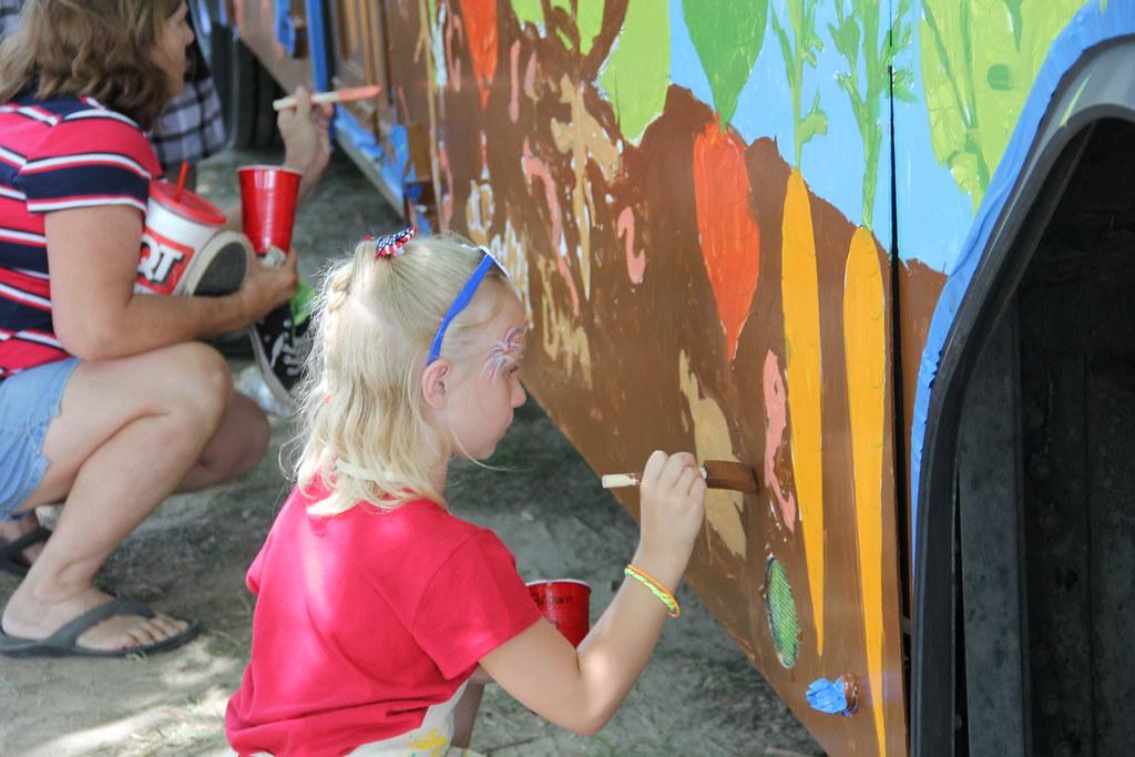 Ferguson Farmers' Market Bus Painting