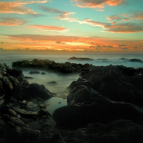 longexposure sea sky cloud sun mer soleil nikon eau horizon pi ciel nuage crépuscule 1870mm roche trax poselongue océanindien d80 îledelaréunion indianocéan vallatmaël 1870mmdxlense pointedusel