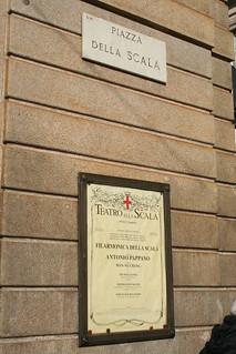 20091112 Milano 15 Piazza della Scala 16 Teatro alla Scala