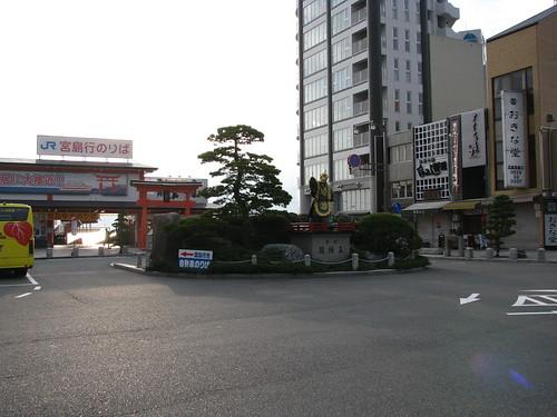 light japan sunrise dawn lumière 日本 japon leverdesoleil 光 aube 暁 朝日 miyajimaguchi 宮島口