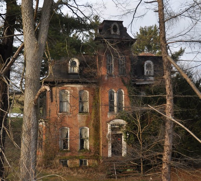 PA Mystery House 4