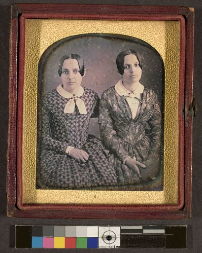 Portrait of two unidentified women
