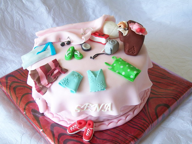 Teenage Girl s Birthday Cake ;) Flickr - Photo Sharing!