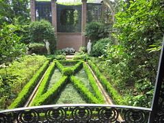 Elsong Gardens Mozart Garden