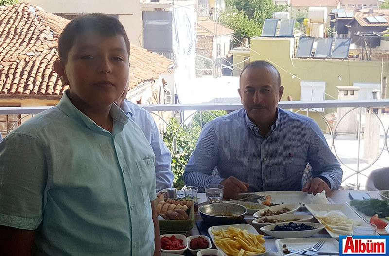 Mustafa Bekir Alabacak, Mevlüt Çavuşoğlu