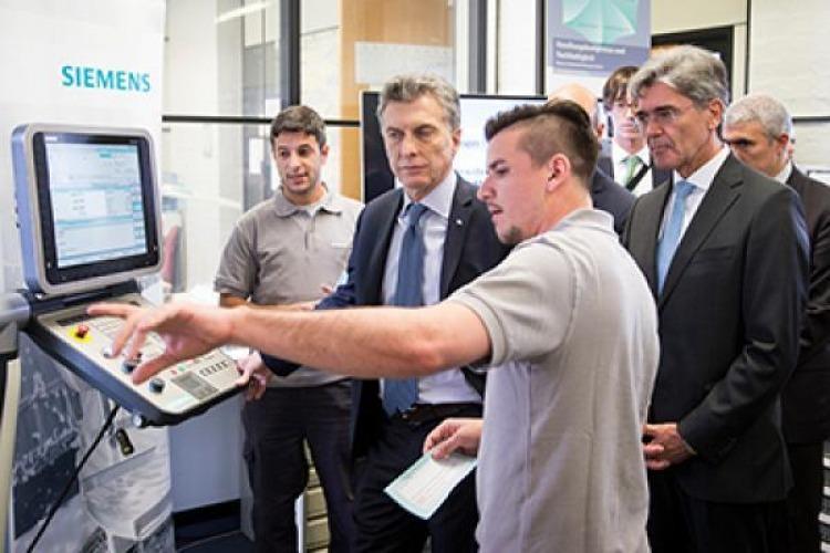 Resultado de imagen para Siemens, Indra, Macri