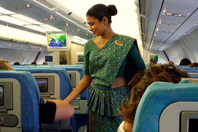Sri lankan gon badu rata gihilla guwena heti - 2 7