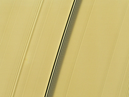 Saturn-ring-resonances-closeup-Jan-11-2010-
