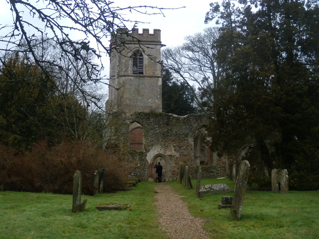 'Ivied ruin of a church' Ayot St Lawrence Welwyn Circular