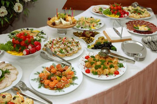 Miraculous Christmas Buffet Menu Ideas Christmas Buffet Booeymonger Home Interior And Landscaping Ymoonbapapsignezvosmurscom