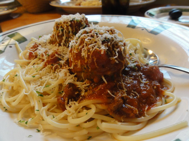 Meatball spaghetti 2010 05 20 lunch at olive garden - Olive garden spaghetti and meatballs ...