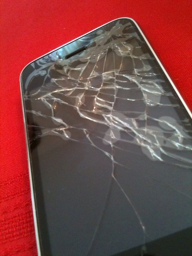 cracked iphone screen - Day 3