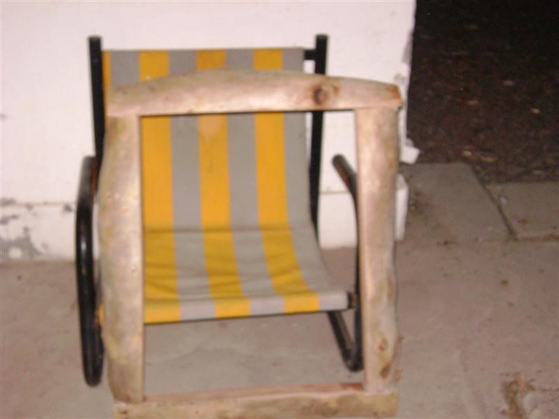 Como hacer una mesa de jardin rustica con 4 troncos taringa for Hacer mesa de madera rustica