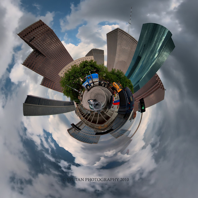 H-CITY DOWNTOWN PLANET