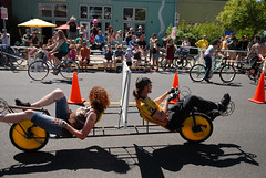 Cirque du Cycling Art Bike Parade-26