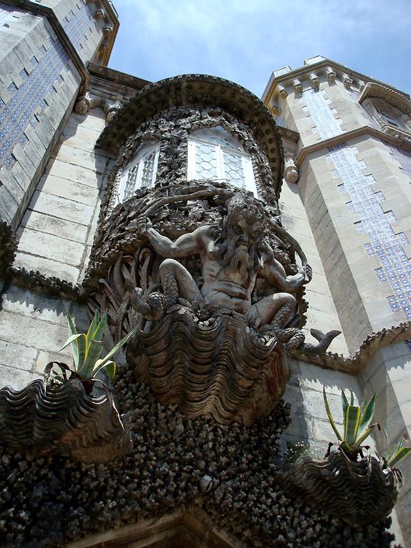 Pórtico de Tritón. Palacio da Pena. Sintra. Portugal