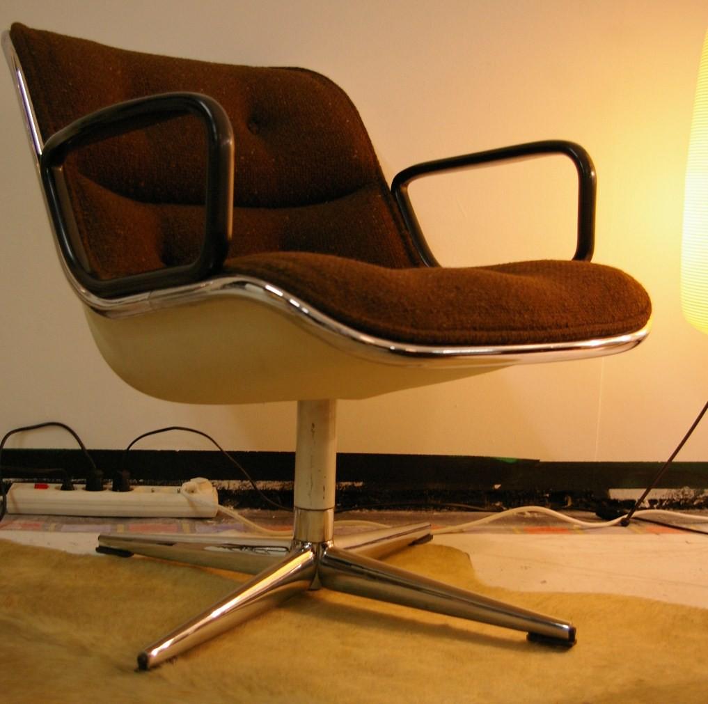 charles pollock fauteuil bas pivotant dit par knoll a. Black Bedroom Furniture Sets. Home Design Ideas