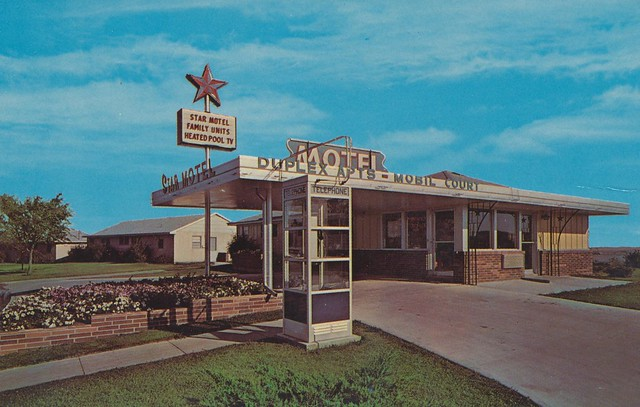 Boomers Outback Motel in Webster,