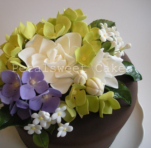 Gardenia and Purple Hydrangea close-up by Petalsweet Cakes