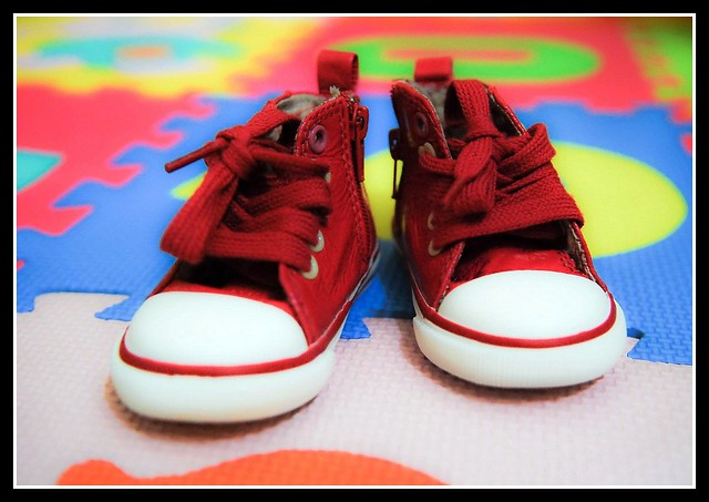 These shoes are made for walking | Sam's first walking sh