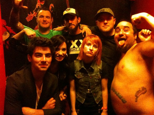 joe jonas, demi lovato, hayley williams, new found glory