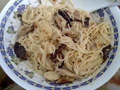 noodle, bakmi, fried noodles, bucatini, spaghetti, pasta, spaghetti aglio e olio, linguine, produce, pici, food, dish, chinese noodles, cuisine,