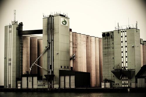50mm nikon harbour silo flickrmeet ystad d300 bibble5 upcoming:event=5767170 skånskalantmännen