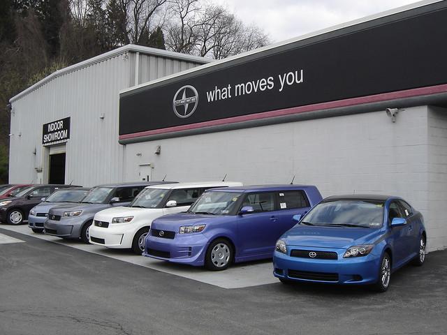 Local Car Dealerships Hiring Sales Reps