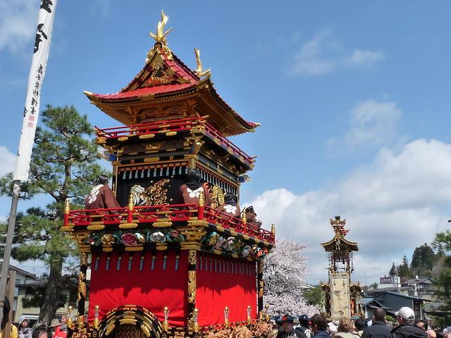 Sanno Matsuri, Takayama (高山 - 春の山王祭)