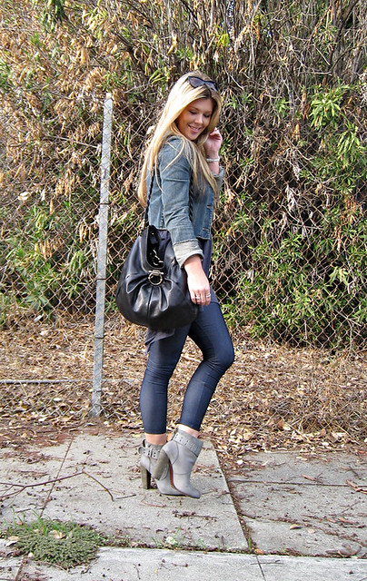 denim leggings+gray ankle boots+rosegold shoes+salvatore ...