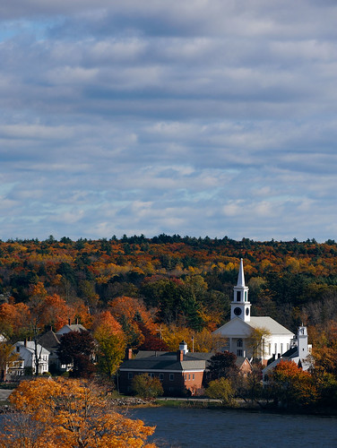 fall church colors maine