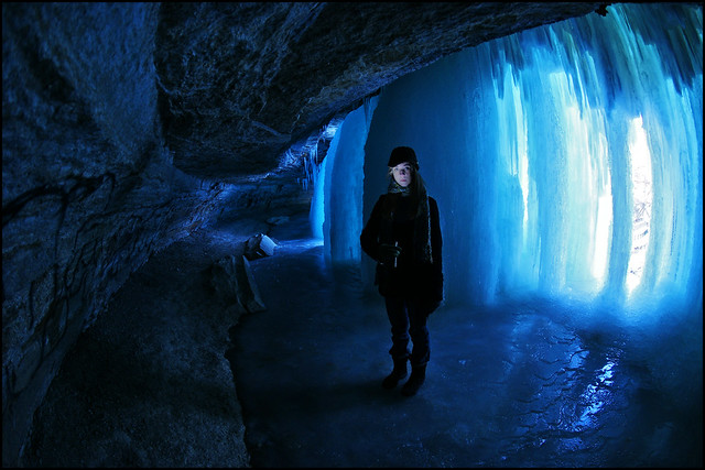 minnehaha falls - minneapolis ice cave
