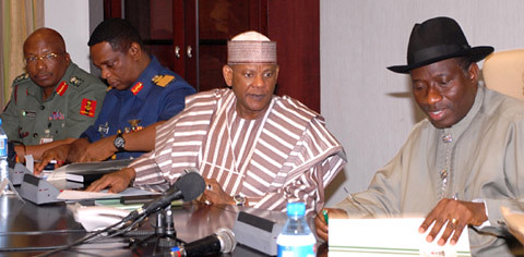 From right, President Goodluck Jonathan; the National Security Adviser, Alh. Seriki Mukhtar while the Chief of Defence Staff, Air Chief Marshal Paul Dike and the Chief of Army Staff, Lt. Gen. Ibrahim Danbazau (l) watched at security meeting. by Pan-African News Wire File Photos