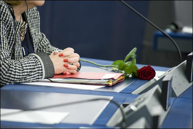 Počet poslankyň po volbách klesl. Nejvíce žen bude mít ve Sněmovně KSČM a ANO 2011