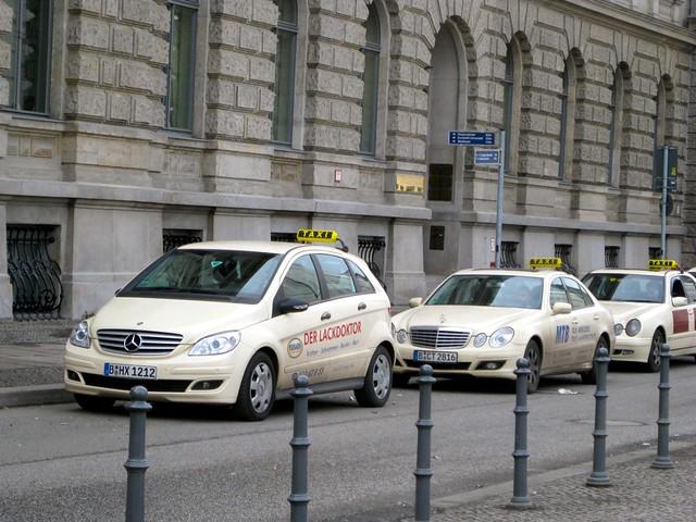 taxi service berlin flickr photo sharing. Black Bedroom Furniture Sets. Home Design Ideas
