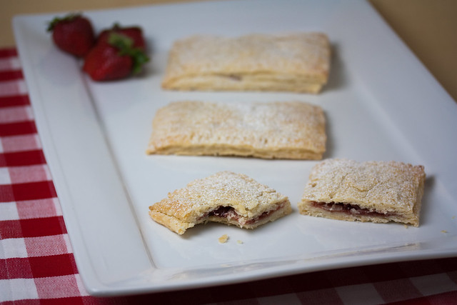 Vegan Strawberry Pop Tarts