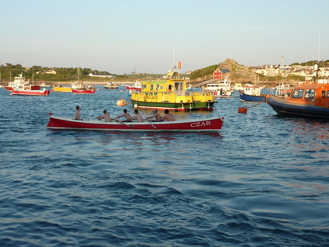 Gig Race in the Isles of Scilly - Flickr CC mattsalbum